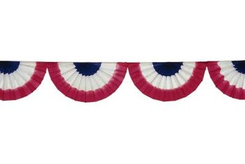 Make a fan banner bunting swag for your next patriotic holiday.