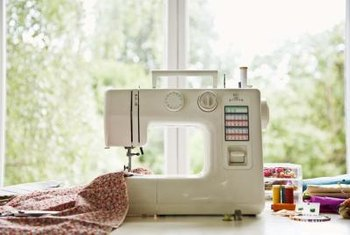 Allow plenty of table-top space to support the runner as you machine quilt.