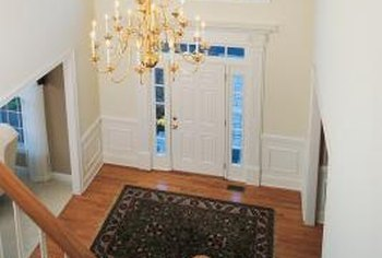Colonial Classic Entryway Ideas. Decorate Your Colonial Style Home To  Accommodate Its Staircase.