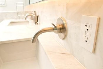 Vanity Light Gfci : How High Should Receptacles Be Above a Bathroom Counter? Home Guides SF Gate