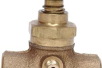 How To Check Amp Repair A Brass Plumbing Valve