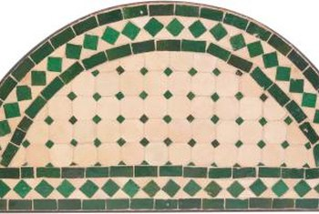 Decorate around hunter green kitchen tiles by surrounding them with bright, crisp colors.