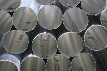 Stainless steel pipe has many industrial applications.