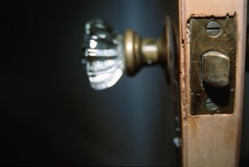 Glass door knobs have beautified homes since the early nineteenth century (ref 3).