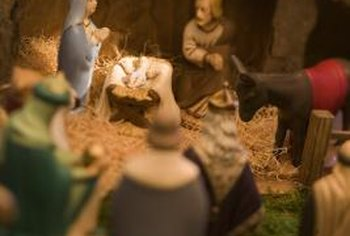 Make a nativity scene the centerpiece of your Christmas table.