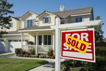 Low inventory and rising prices characterize the sellers' market.
