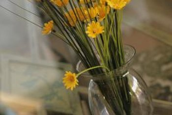 how to clean silk flower arrangements at home home guides sf gate. Black Bedroom Furniture Sets. Home Design Ideas