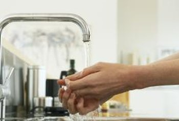 Loose parts inside the faucet may cause a high-pitched noise.