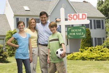 Debt attached to property is normally paid off when it sells.