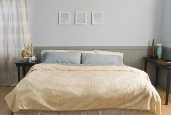 Contrasting sheets can change the mood of the room.