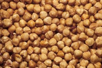 Filberts can be eaten raw or cooked.