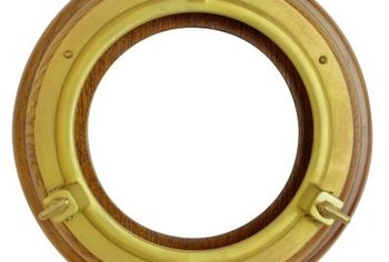 Create cruise ship decor with a porthole craft.