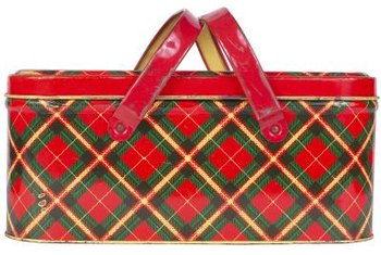 Red and green plaids may contain other colors as contrast.
