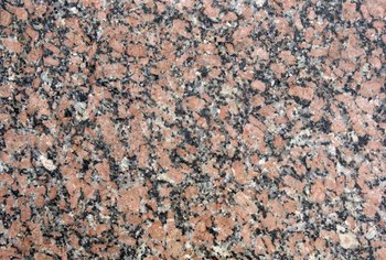 The versatility of Baltic brown granite is reflected in the number of cabinetry choices available.