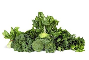 Low in calories and rich in nutrients, leafy greens make a good choice on your low-cal diet.