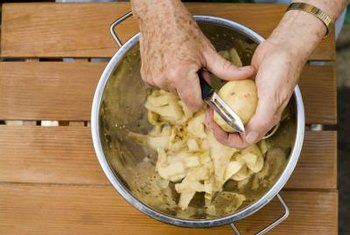 Remove excess starch from potatoes to reduce the amount of carbohydrates in your potato dish.