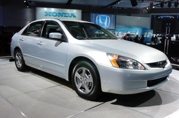 In 2003, Honda redesigned the Accord, giving it a more rounded body than the previous generation.