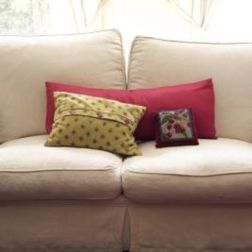How Much Fabric Is Needed To Make A Sofa Pillow Cover