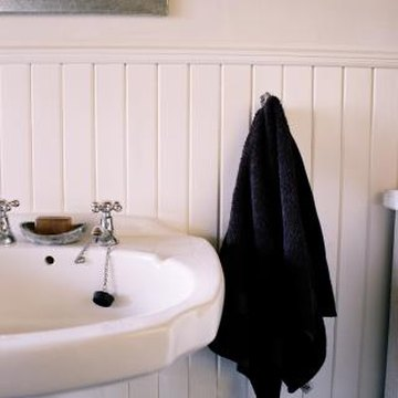 Some wall sinks have a cover that conceals the plumbing underneath them.