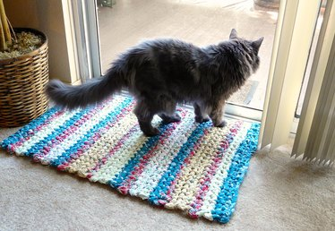 How to Make Crocheted Rag Rugs