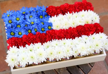 7 Easy Steps for Creating a Mason Jar Flag Centerpiece