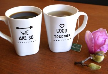 Easy Gift Idea: Make This Romantic Mug Set