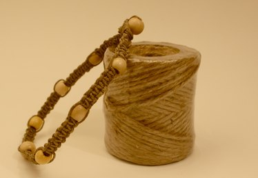 How to Make a Hemp Necklace