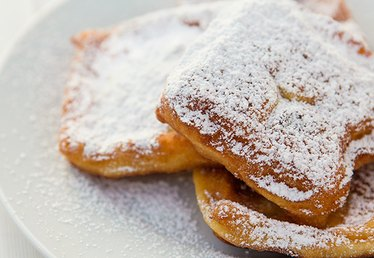 Celebrate Mardi Gras With No-Rise Beignets