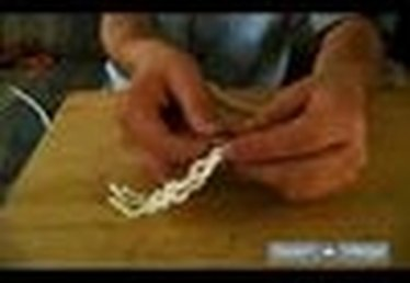 How to Braid the Three-Strand Rope When Making an Eye Splice Knot