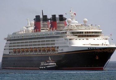 How Does a Cruise Ship Stay Afloat?