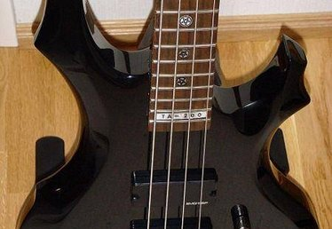 How to Tune Down a Bass Guitar