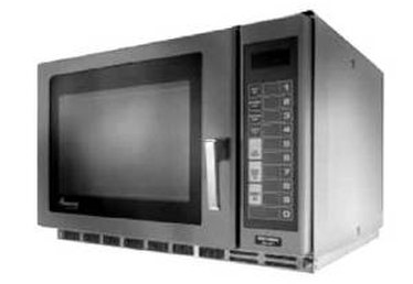 Removing the Food Smell from Your Microwave