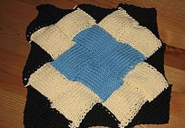 How to Knit Entrelac Patterns