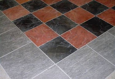 How to Clean Grout With Baking Soda