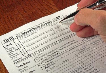 How to Postpone Your Tax Return