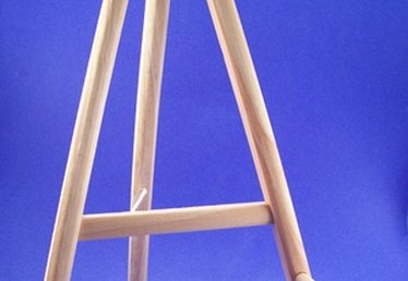 How to Build a Wooden Display Easel