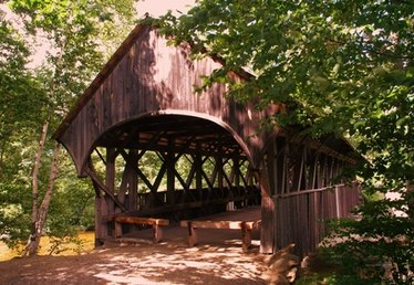 How to Make an Easy Covered Bridge Craft