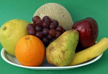 Which Fruits Should Be Stored in the Refrigerator?