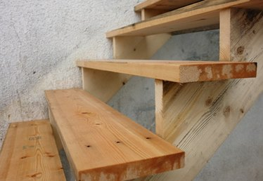 How to Make Rounded Wood Steps