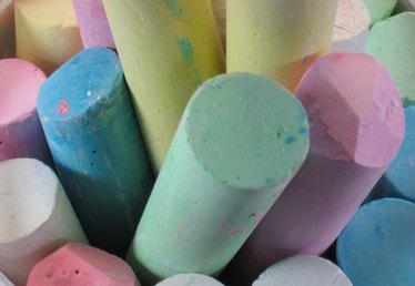 How to Make Non Toxic Sidewalk Chalk