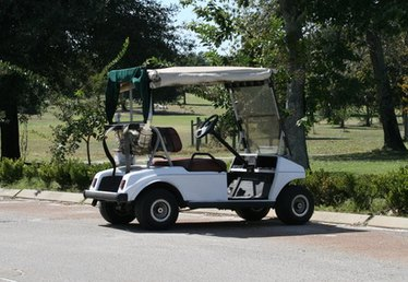 How to Power Christmas Lights on a Golf Cart