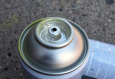 How to Airbrush With Spray Paint Cans