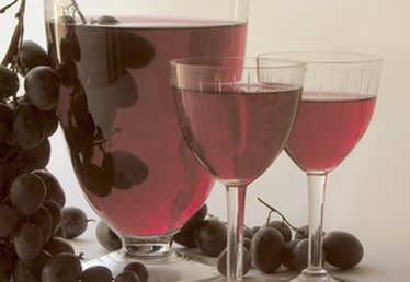 The Health Benefits of Muscadine Wine