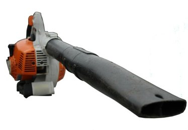 Gas Vs. Electric Leaf Blowers