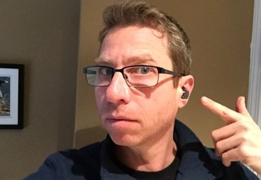 Ears-on with the Motorola Hint Bluetooth Headset