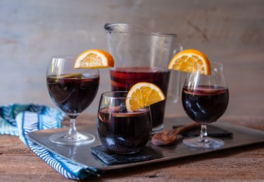 How to Make Red Wine Sangria