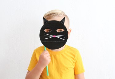 How to Make a Cat Mask for Children