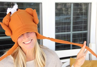DIY Thanksgiving Turkey Hat (With Free Pattern)
