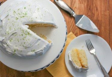 How to Make a Key Lime Cake