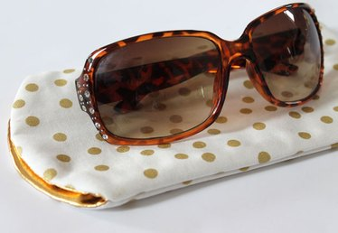 Learn to Sew: DIY Sunglasses Case